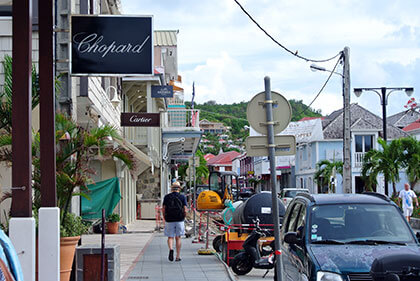 Photo of shopping street in St Barth