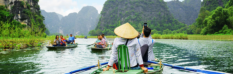 Vietnam farmers on the river