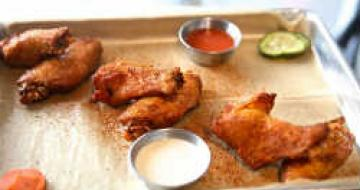 Thumbnail image of American BBQ wings