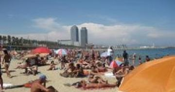 Thumbnail image of a beach in Catalonia