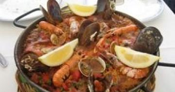 Thumbnail image of traditional Spanish Paella