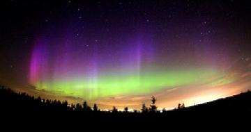 Thumbnail image of the Northern Lights from Canada