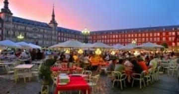Thumbnail image of an outside restaurant in Madrid